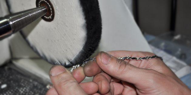 уход за ювелирными изделиями: полировка
