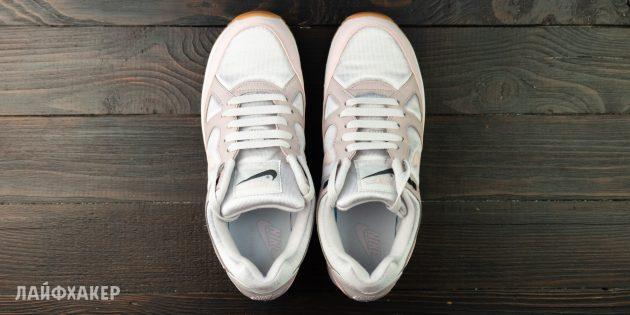 Прямая шнуровка кроссовок с короткими концами