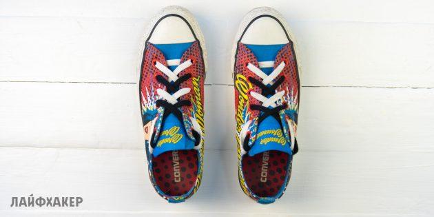Двойная разноцветная шнуровка кроссовок