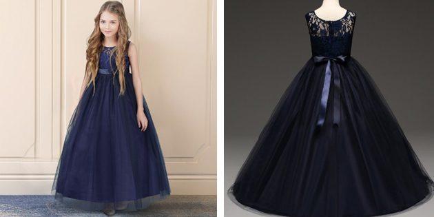 Детские платья на выпускной: Платье без рукавов и с пышной юбкой