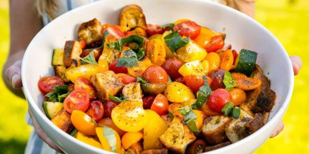 Овощной салат панцанелла