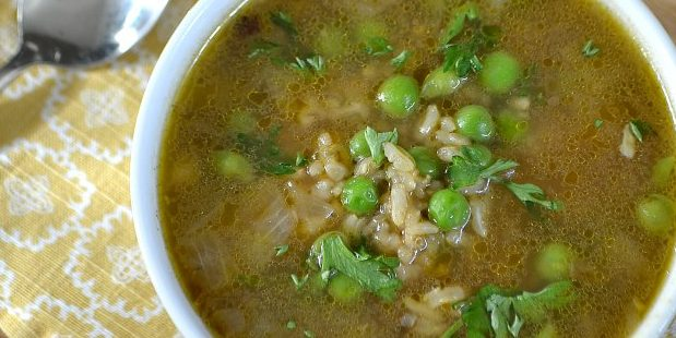 овощные супы: суп с горошком и рисом