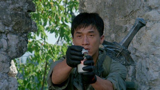 Лучшие фильмы с Джеки Чаном: «Доспехи Бога»