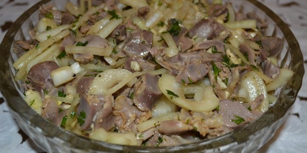 Рецепты: Куриные сердечки, жаренные с луком