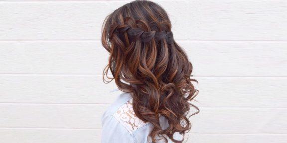 11 стильных и простых причёсок на средние волосы