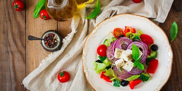 6 рецептов греческого салата: от классики до самых креативных идей