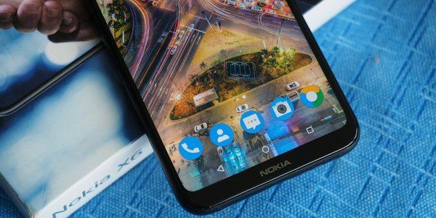 Nokia X6: экран