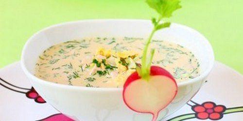 Рецепты окрошки: окрошка с крабовыми палочками