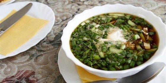 Рецепты окрошки: окрошка с солёными грибами и квашеной капустой