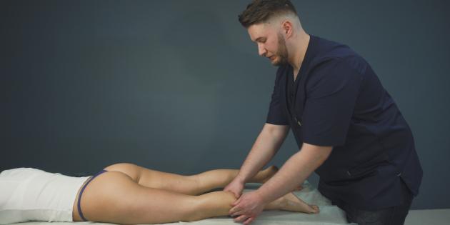 Как делать антицеллюлитный массаж голеней