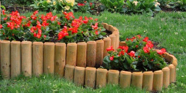Как сделать клумбы из дерева своими руками