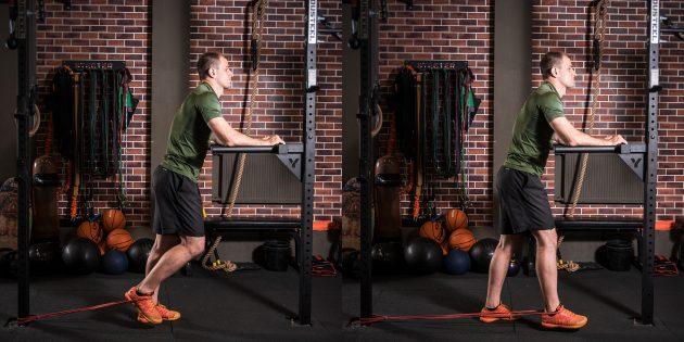 Круговая тренировка в тренажёрном зале: Разгибание ног в тренажёре или с эспандером