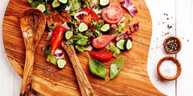 15 интересных салатов со свежими огурцами