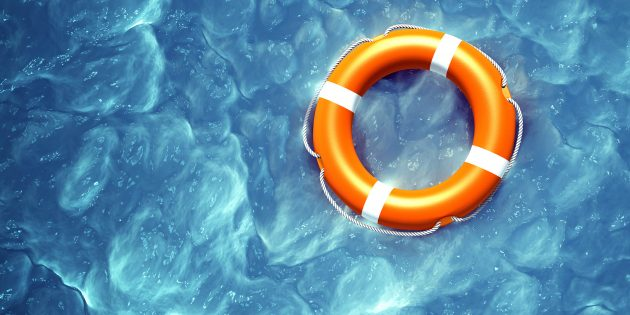 Как спасти утопающего и не утонуть самому: инструкция от спасателя