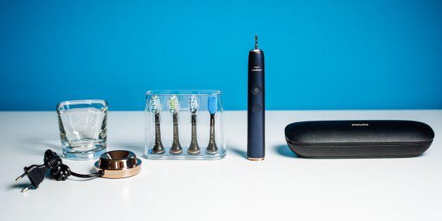 Электрическая зубная щётка. Комплектация DiamondClean Smart