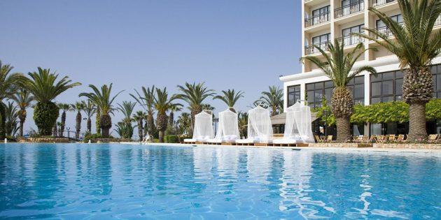 Отели для отдыха с детьми: Sandy Beach 4* , Ларнака, Кипр