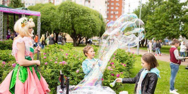 VK Fest 2018. Сводить детей на шоу мыльных пузырей и в школу актёрского мастерства
