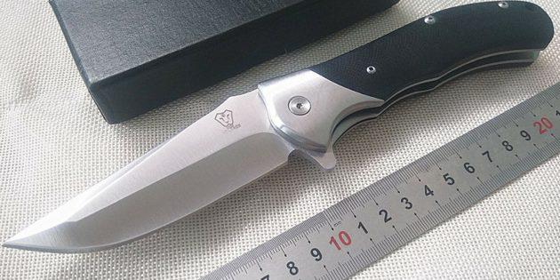 Что брать в поход: складной нож с клипсой