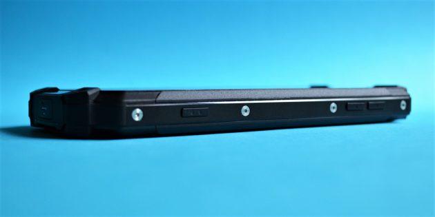 Защищенный смартфон Poptel P9000 Max: Боковая грань