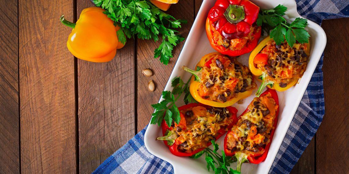 Как приготовить фаршированные перцы по классическому рецепту