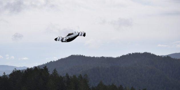 Видео дня: уже третий по счёту летающий автомобиль Google поднимается в небо