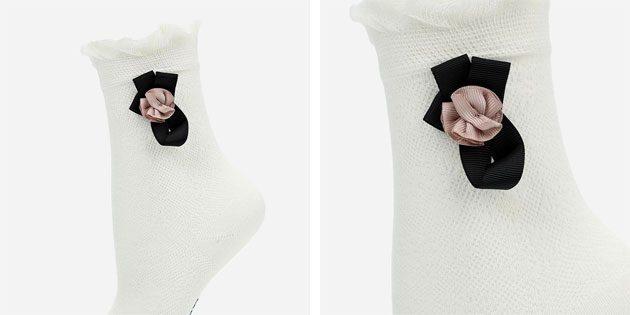 Красивые носки с цветком и рюшами