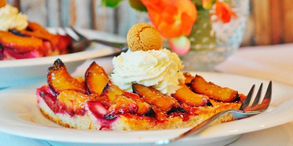Пирог со сливами пошаговый рецепт с фото