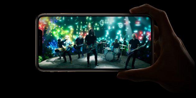 iPhone Xs. Стереозвук