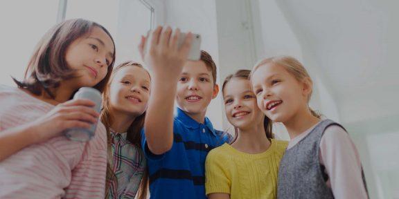 Как контролировать ребёнка в интернете: 6 советов родителям