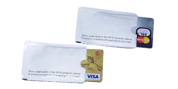 Защитный чехол для карт с NFC
