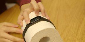 Зачем китайцы надевают фитнес-трекеры на туалетную бумагу