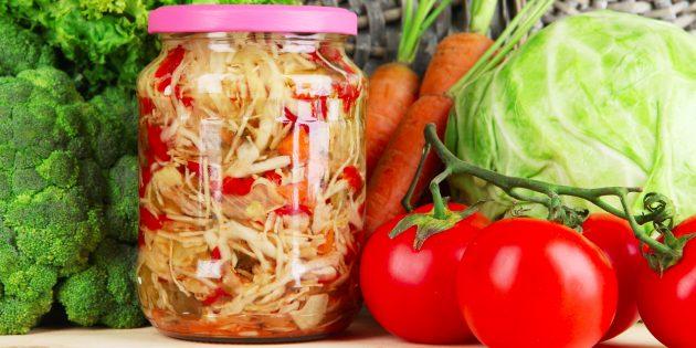 6 очень вкусных салатов из капусты на зиму