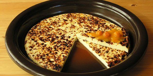Запечённый в кофе сыр