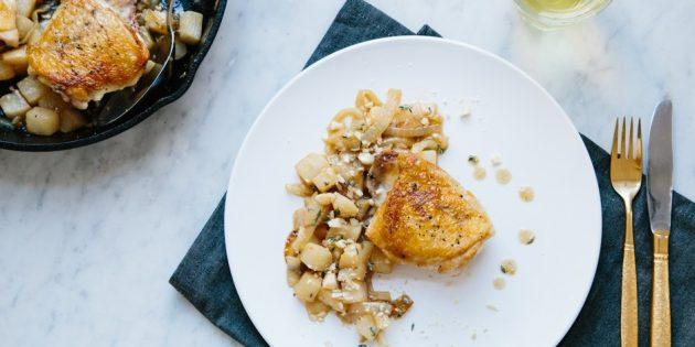 Блюда из репы: Жареная курица с гарниром из репы и груши