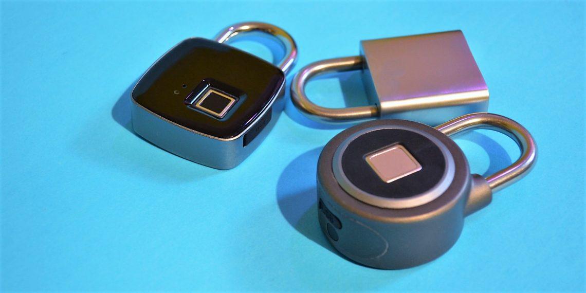 Обзор умных навесных замков c Bluetooth и сканером отпечатков пальцев