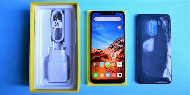 обзор Xiaomi Pocophone F1: Комплектация