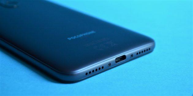 обзор Xiaomi Pocophone F1: Нижняя грань