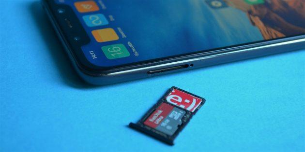 обзор Xiaomi Pocophone F1: Лоток