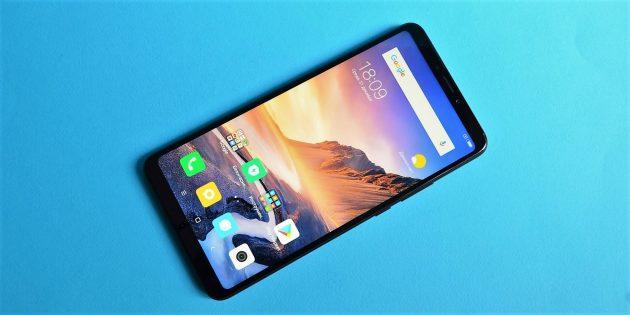 обзор Xiaomi Mi Max 3: Лицевая сторона