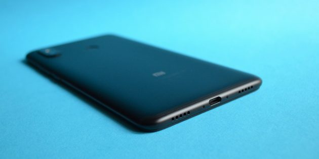 обзор Xiaomi Mi Max 3: Нижняя грань