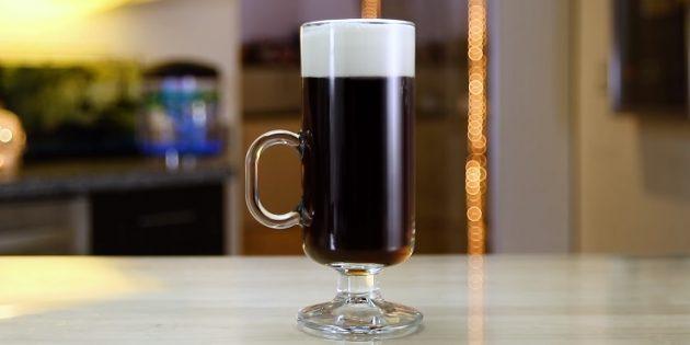 Коктейли с виски: Кофе по-ирландски