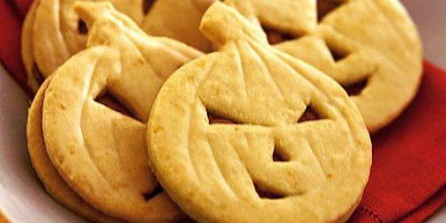 Блюда на Хэллоуин: Тыквенные головы со сливочной начинкой