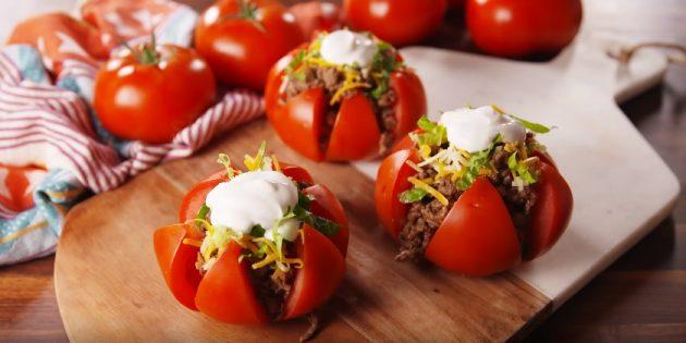 Что приготовить из фарша: Фаршированные помидоры