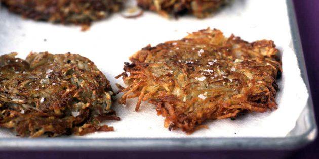 Блюда из репы: Картофельные драники с репой
