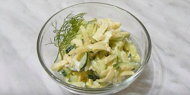 Блюда из репы: Салат с репой, огурцом и яйцами