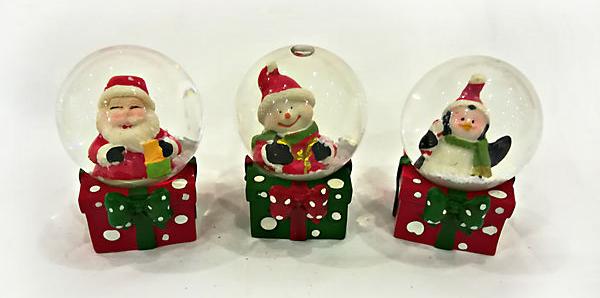 Новогодние украшения: Стеклянные шары со снегом