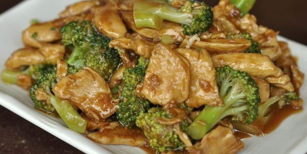 Закуски на скорую руку: куриное филе с брокколи