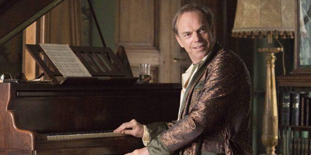 Отрывок из романа «Патрик Мелроуз»: Отец за фортепиано