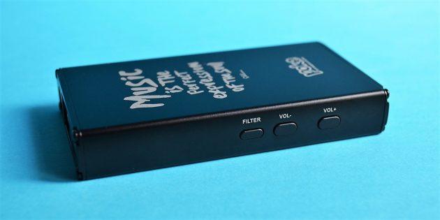 Обзор xDuoo XD-10 Poke: левая грань
