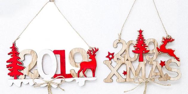 Новогодние украшения с AliExpress: Деревянные надписи